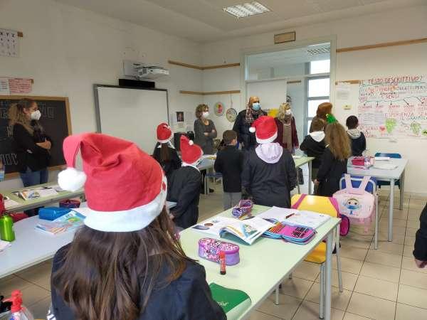 Auguri di Natale alle scuole
