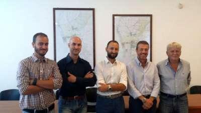 L'assessore Biasci con i quattro componenti di Geo4Sky
