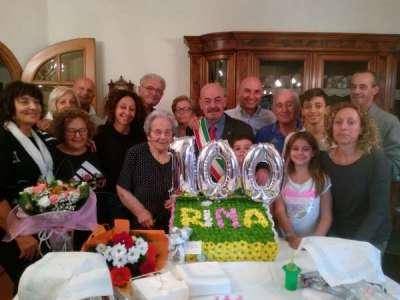 Centenaria Rina Serretti